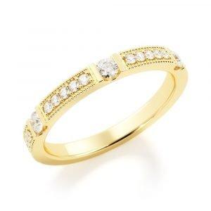 Treasure Chest Diamond Band